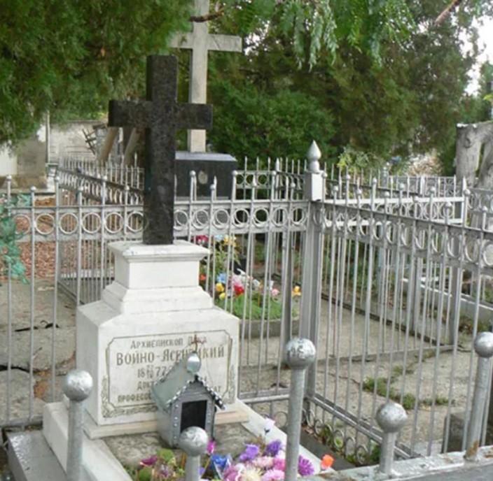 Могила Войно-Ясенецкого